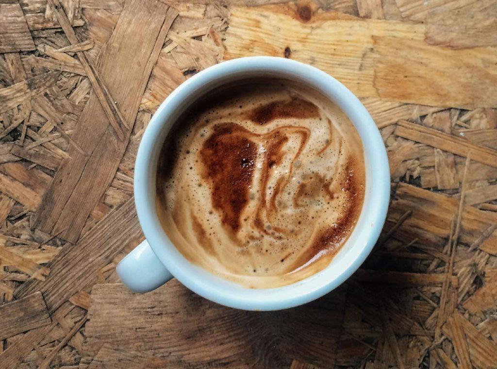 Le studio vous accueillera toujours avec un café et amour